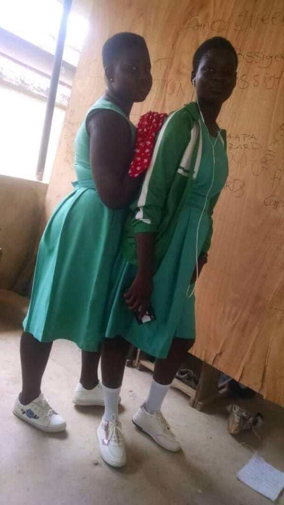 The Atopa Video Of Amasaman SHS Form 1 Girl (watch video)